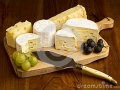different-sorts-cheese-wood-plate-30451839